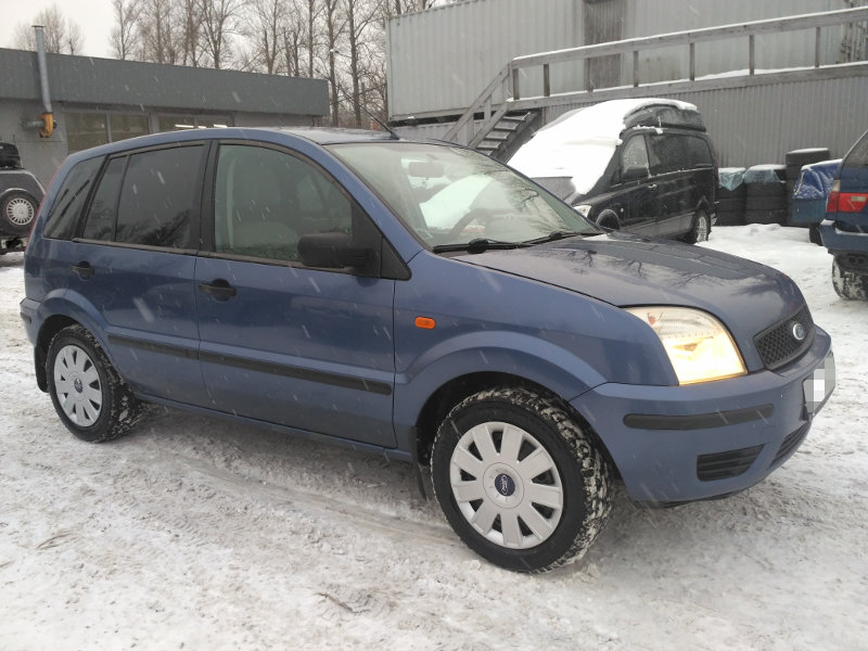 Форд Фьюжен 1.4 мкпп 2005 года выпуска