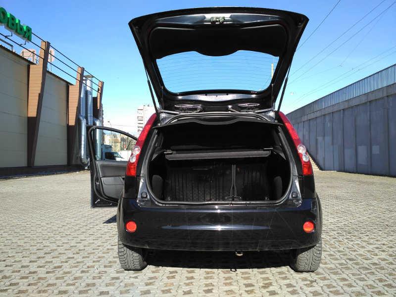 Форд Фиеста 1.4 АКПП 2008 года выпуска