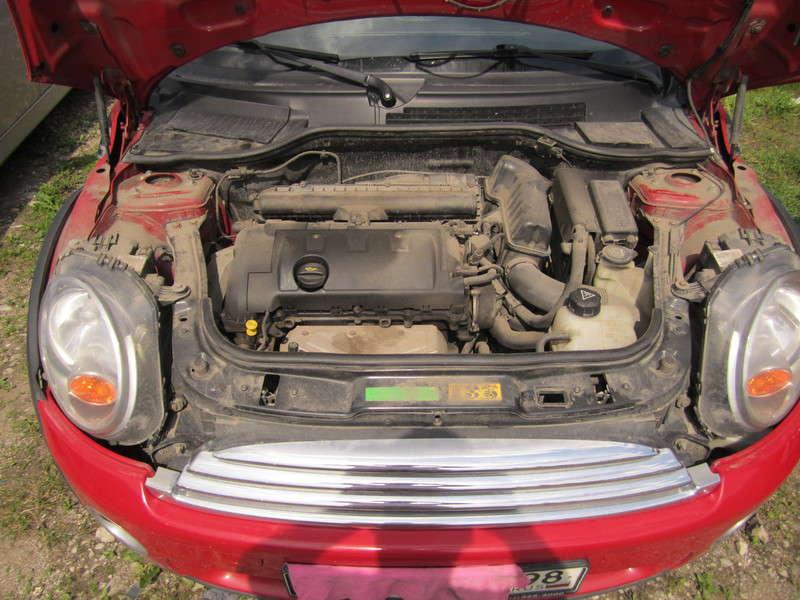 Мини Купер 1.4 л АКПП 2007 года выпуска