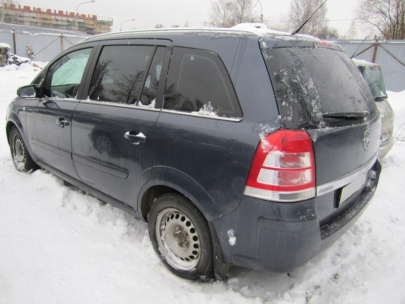 Опель Зафира 1,9 дизель МКПП 2007 года выпуска